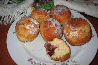 Dolce De Leche Donuts