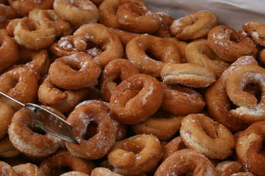 Donuts in a big pile