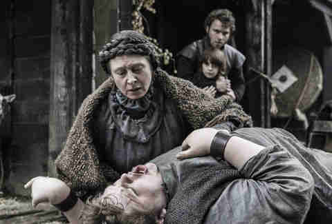 Annette Tierney as Old Nan and Sam Coleman as Hodor when he becomes Hodor