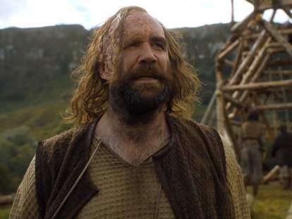 "sandor ""the hound"" clegane on game of thrones season 6"
