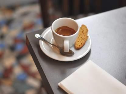 coutume cafe paris