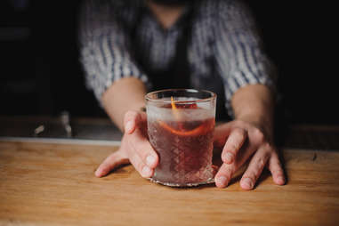 bartender and negroni