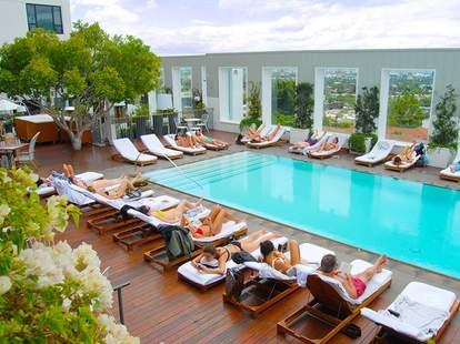 mondrian los angeles rooftop pool