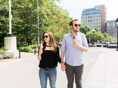 unhappy couple in NYC
