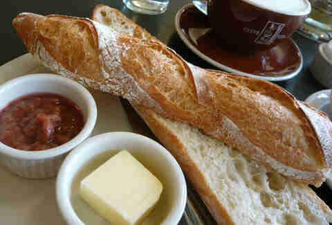 baguette breakfast