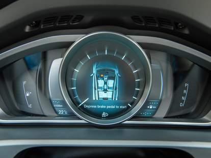 Modern car tech volvo