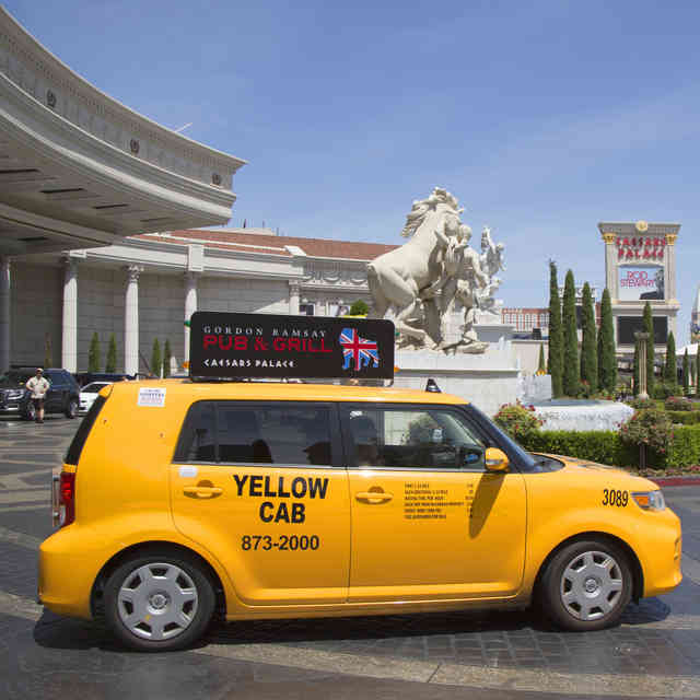 Las Vegas Taxi Drivers Will Try to Screw You. Here\'s How to Avoid Every Trick.