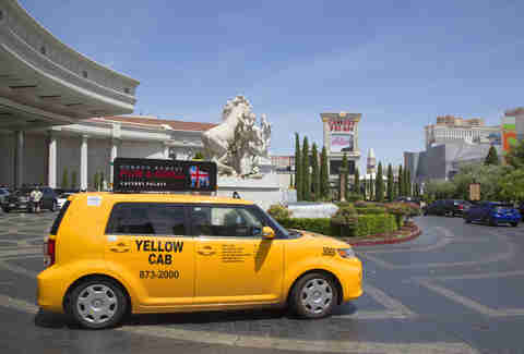 Las Vegas Taxi Drivers Will Try to Screw You. Here's How to Avoid Every Trick.