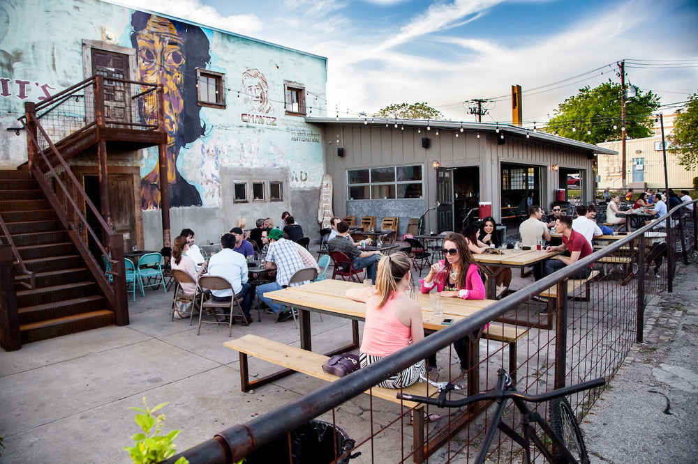 Best Outdoor Bars In Austin, TX: Bars With Outdoor Seating U0026 Patios    Thrillist