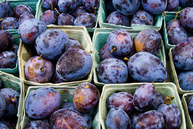 Plums at the farmer's market
