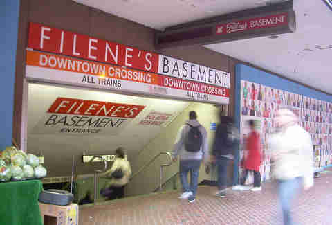 Filene's Basement sign