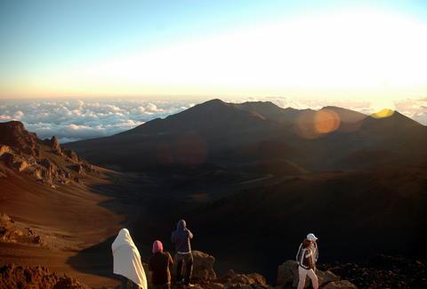 Best Hiking Trails In Maui Hawaii Thrillist - Maui zip code