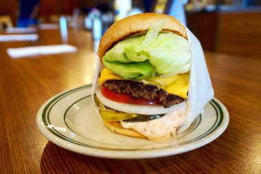 The burger at Pie N' Burger