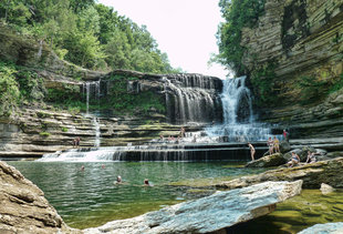 Tennessee's Best Swimming Holes You Need to Visit This Summer