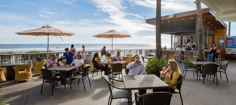 Spend Your Summer at These Waterfront Restaurants in Charleston