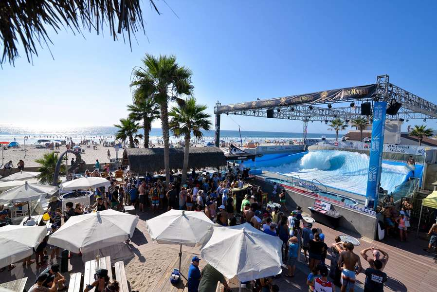 WaveHouse Beach Club: A San Diego, CA Bar - Thrillist