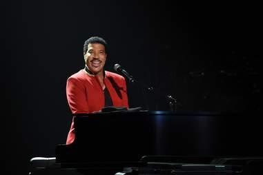 Lionel Richie piano Las Vegas