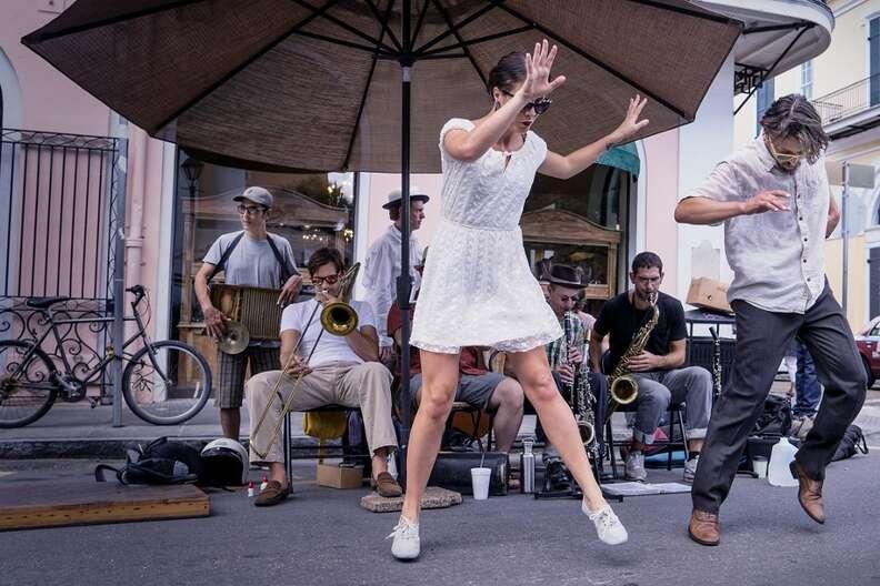 dancing in street new orleans