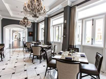 The Dining Room in Charleston