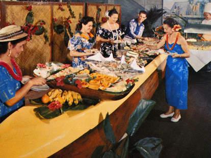 1965 postcard, traditional Hawaiian feast