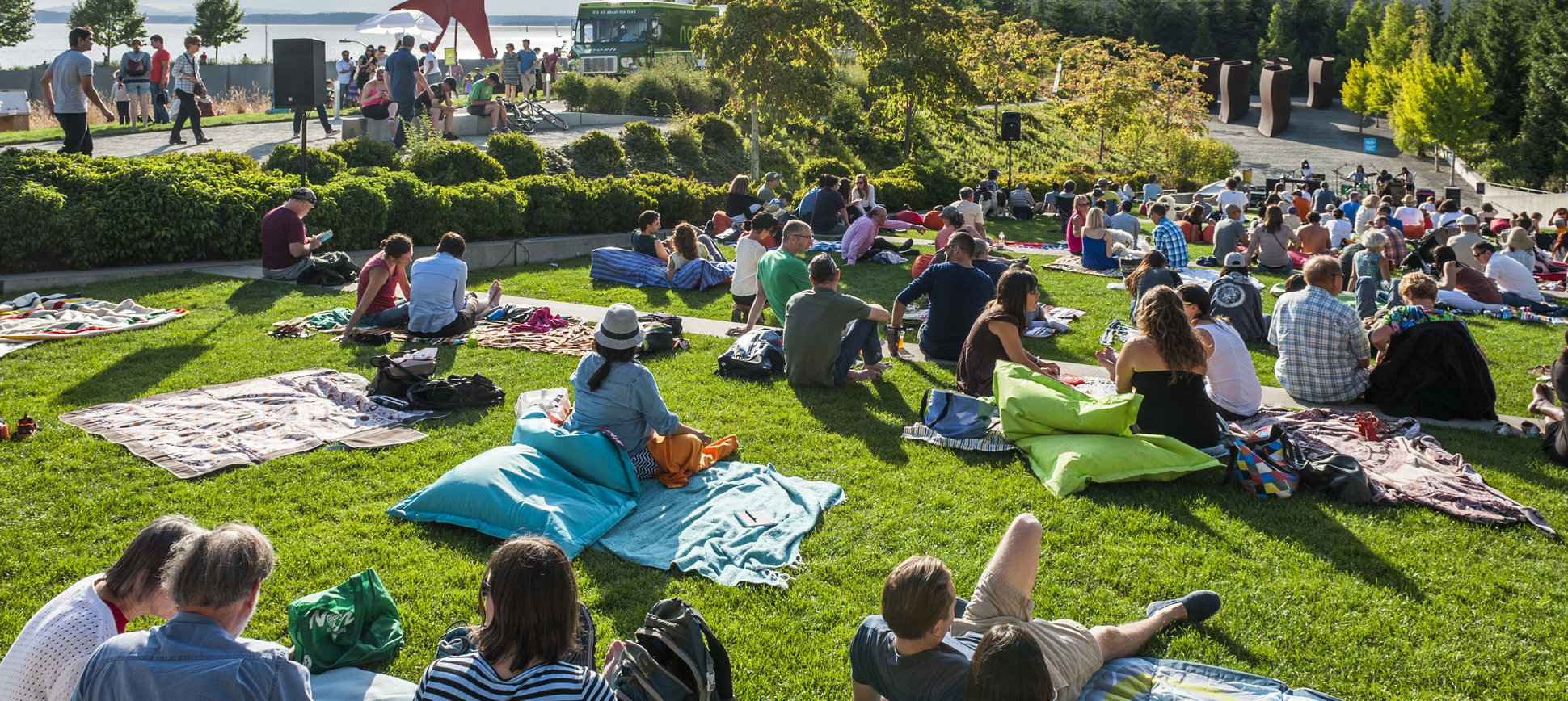 10 Actually Great, Totally Free Summer Date Ideas in Seattle