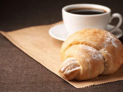 croissant coffee