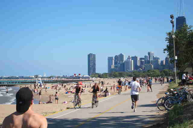 Lakefront bike path in Chicago