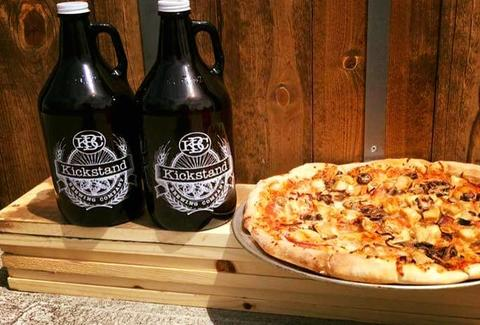 bbq pizza and growlers