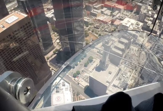Terrifying Video Takes You down the New Glass Slide 1,000ft Above LA