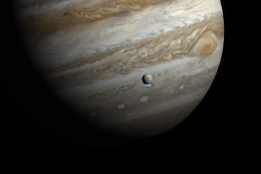 artist's impression of jupiter's moon Europa