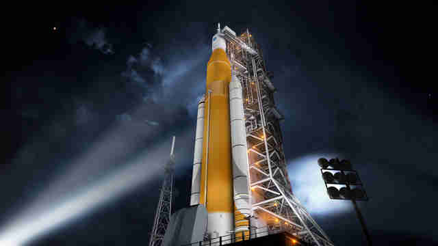 nasa's SLS and orion spacecraft preparing to launch