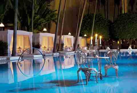 How To Sneak Into Popular Miami Pools Thrillist