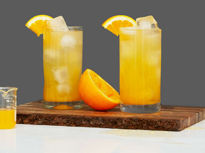 Fuzzy Navel Recipe How To Make A Fuzzy Navel Drink Supercall