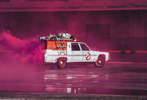 Lyft Ghostbusters Ecto 1