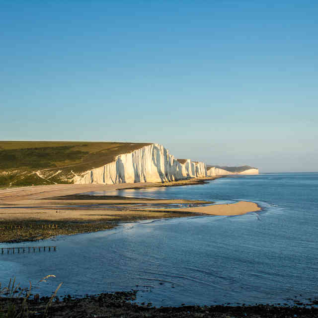 All of the Hiking and Walking Trails Near London We\'ll Be Escaping to This Summer