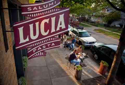 Lucia Dallas