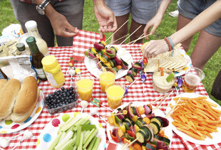 How to Stuff Yourself at a Cookout Without Feeling Terrible the Next Day