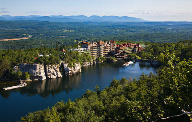 Spend the Night at One of Upstate NY's Best Hotels, Inns, and B&Bs