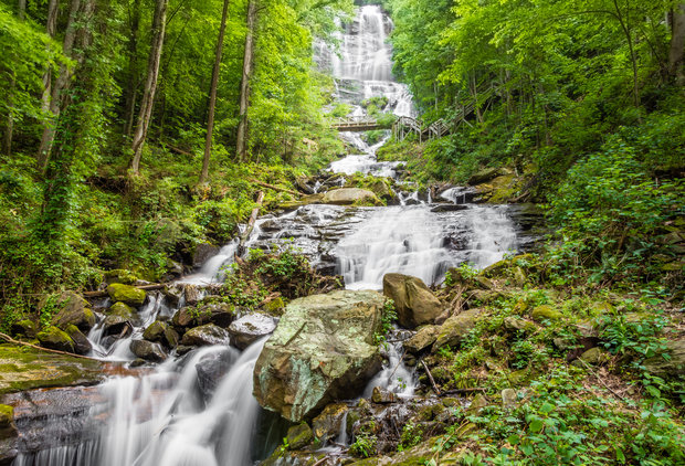 Every Atlanta Waterfall We\'re Excited to Hike to This Summer
