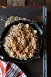 Apple cinnamon vegan steel-cut oats