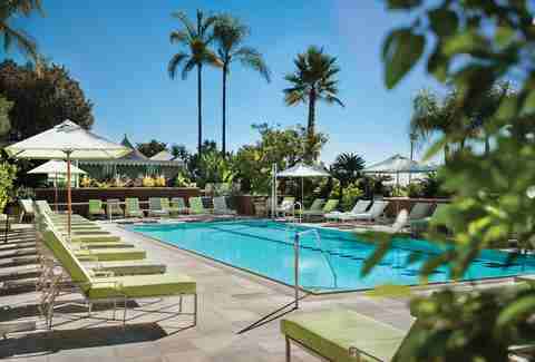 The Pool Bar and Café at The Four Seasons