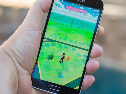 pokemon go iphone android