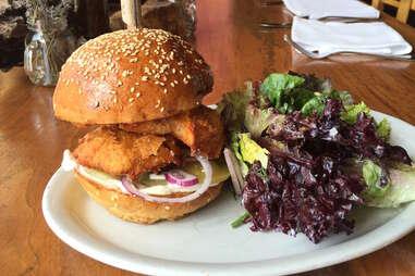 Canelé chicken sandwich