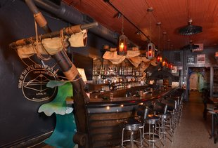 The Cove Cocktail and Oyster Bar