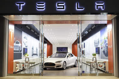 Tesla doesn't communicate much after you agree to buy