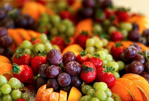 תוצאת תמונה עבור eating fruits how to lose weight - the 18 best tips and tricks – diet doctor How to Lose Weight – The 18 Best Tips and Tricks – Diet Doctor tmg article default mobile