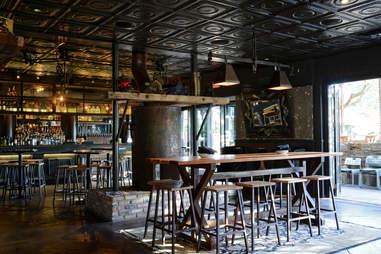 Henry's Majestic Bar Dallas