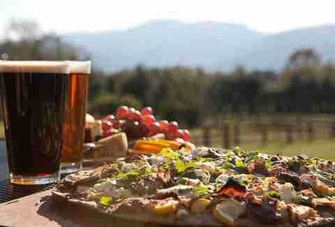 blue mountain brewery pizza