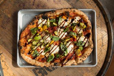 drake's dealership pizza
