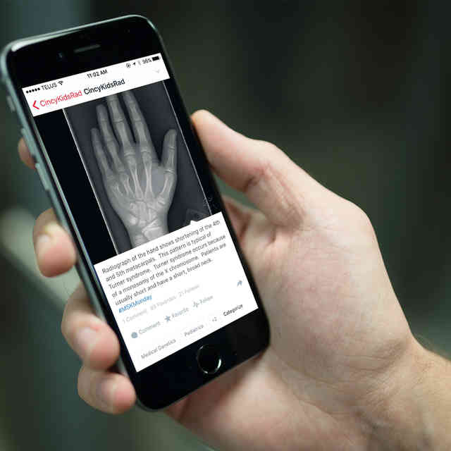 The Photo App Where Doctors Share Patients\' Weird Injuries
